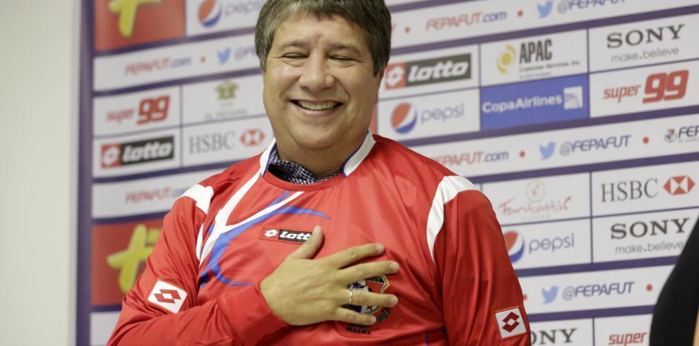 Hernán 'Bolillo' Gómez llegará el lunes a Panamá