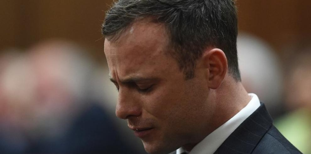 El fiscal pide para Pistorius una pena mínima de 10 años de cárcel