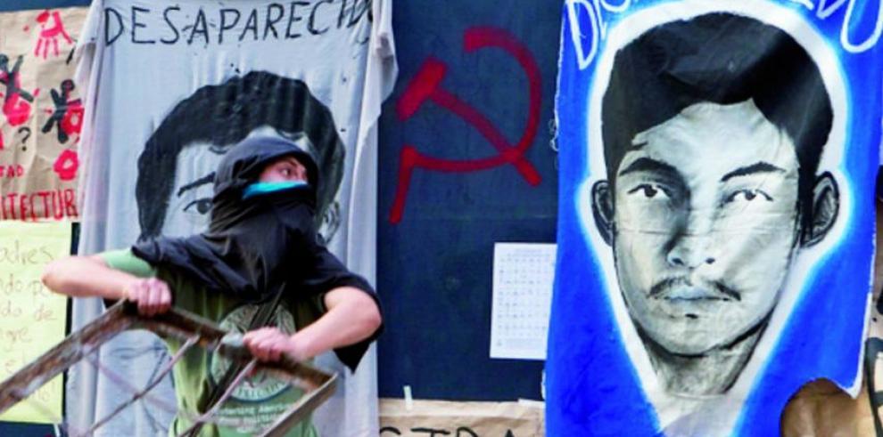 Maestros y estudiantes ocupan las alcaldías de Guerrero