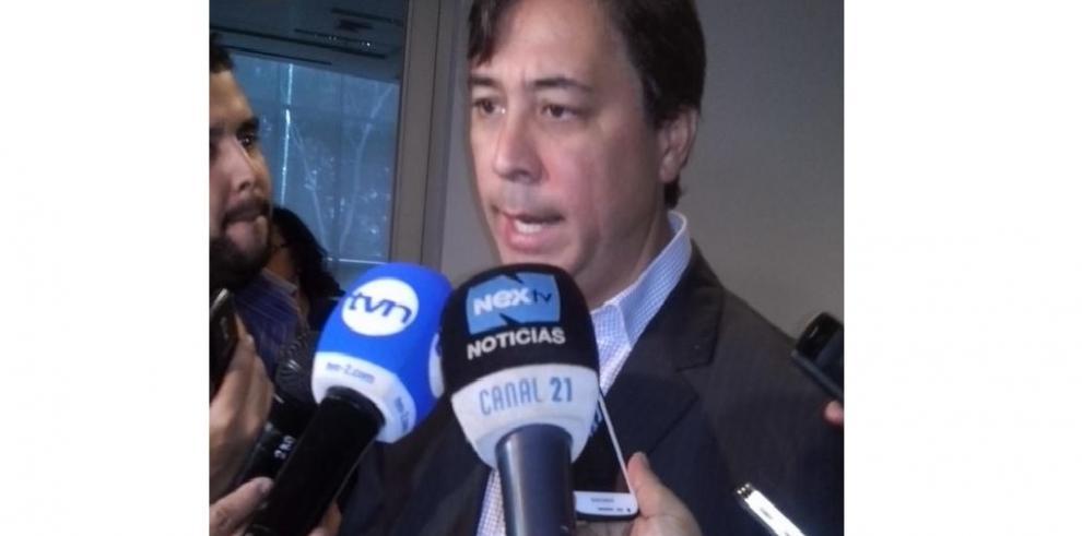 Melitón Arrocha abordará litigio fiscal en Colombia