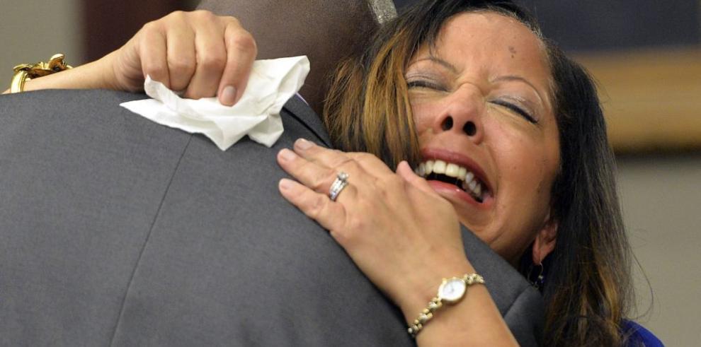 Cadena perpetua a hombre que mató a joven por tener música alta en EEUU
