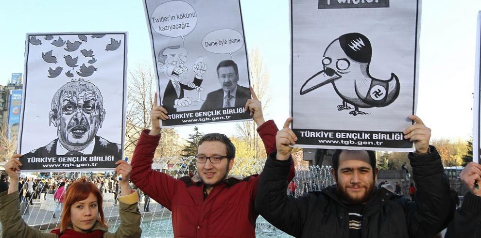 Primer Ministro turco pierde la batalla para cerrarle el pico a Twitter