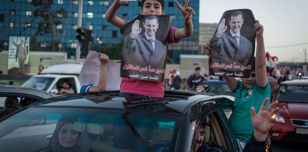 Elecciones a la carta en un país partido por la guerra