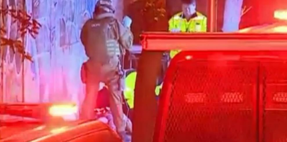 Muere hombre al explotar bomba en Santiago de Chile
