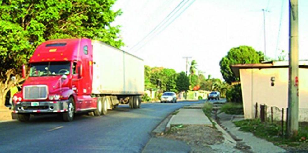 MOP asegura promesa de indemnizar a vecinos