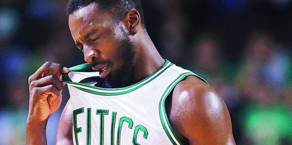 Celtics ganan primer partido de 44 minutos en la NBA