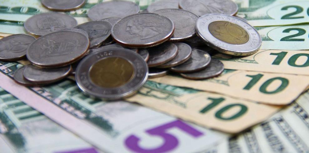 Economistas piden al gobierno detalle de las finanzas públicas