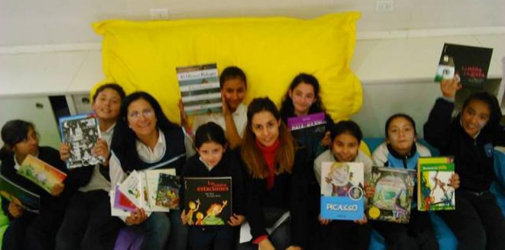 Santillana dona más de 30.000 libros para escuelas públicas de Honduras