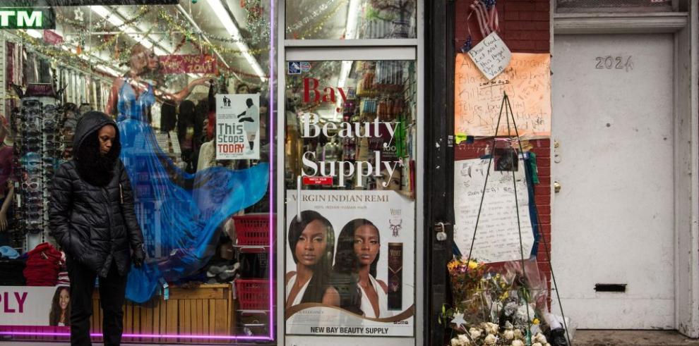 Policía de Nueva York acusado de matar a hombre negro no será procesado