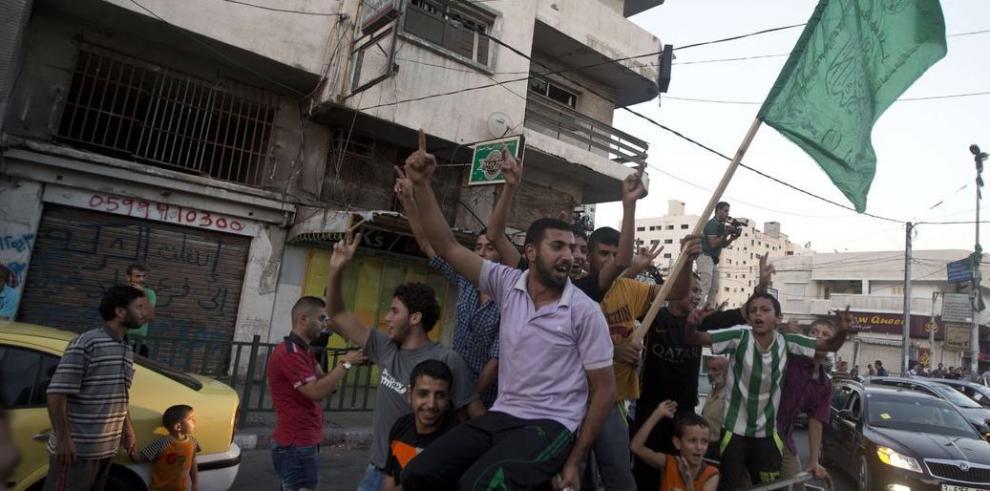 Israel y Hamás acuerdan un alto al fuego ilimitado