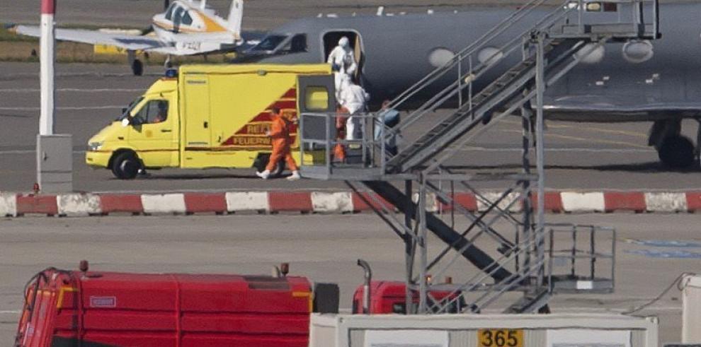 Alemania recibe a su primer paciente con ébola