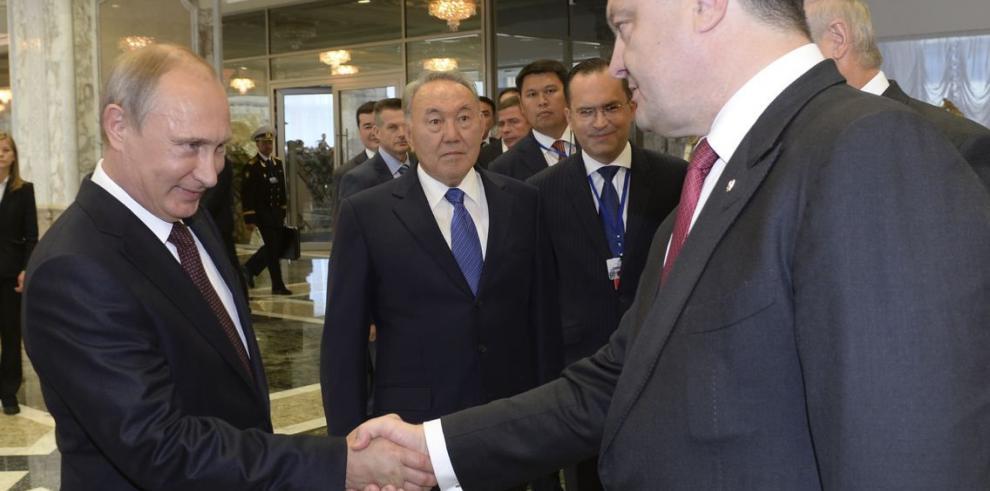 Putin y Poroshenko encaran sus diferencias en Minsk