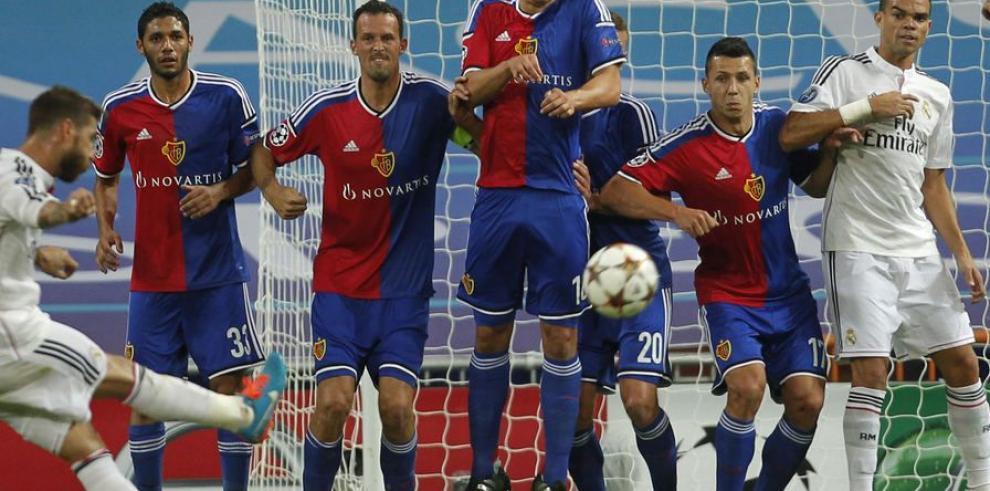 Real Madrid recupera la sonrisa y su temible instinto goleador