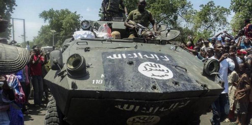 Mueren 13 estudiantes en ataque armado a una Universidad de Nigeria