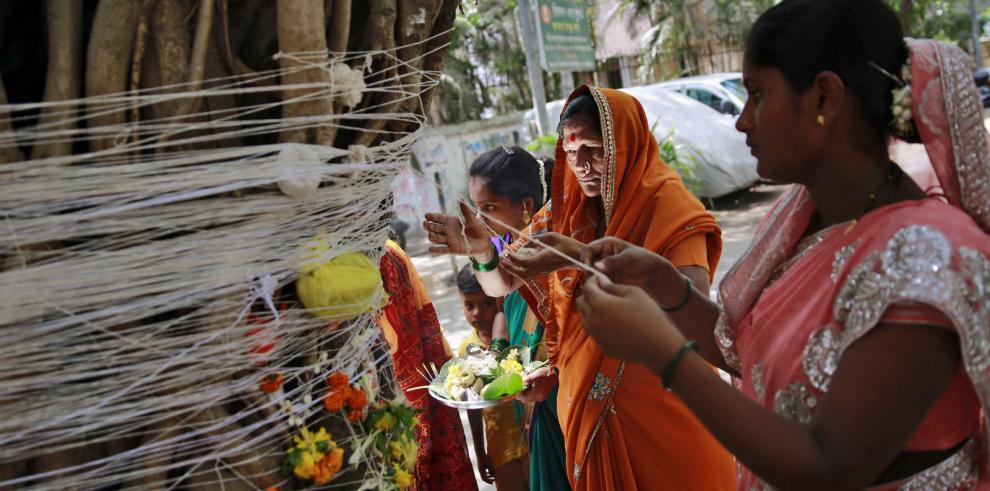 Joven india muere asesinada por sus hermanos por huir para casarse