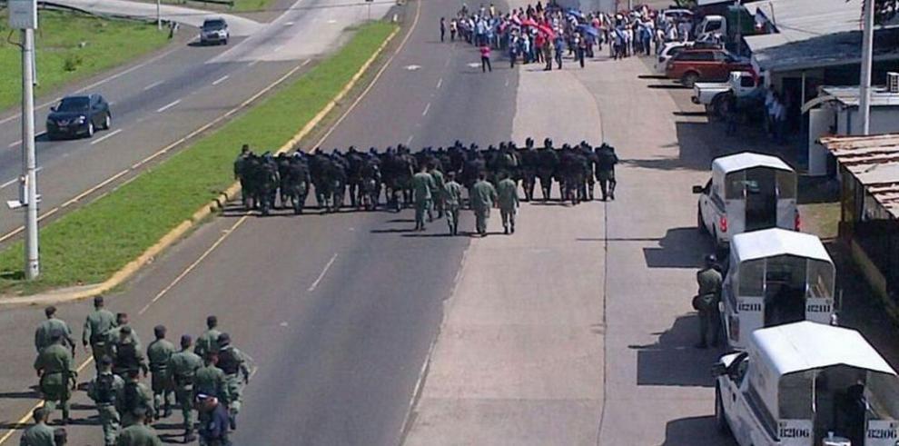 Trabajadores de Campos de Pesé piden la apertura de la empresa
