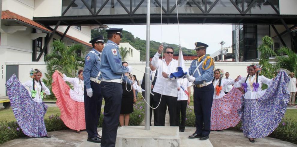 Las fiestas patrias ya se sienten en las entidades gubernamentales
