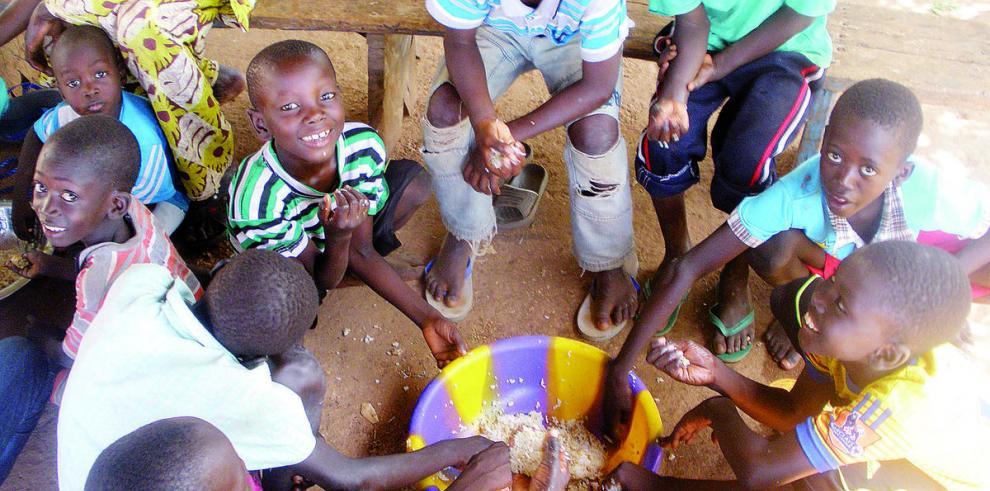 El ébola cambia las costumbres tradicionales