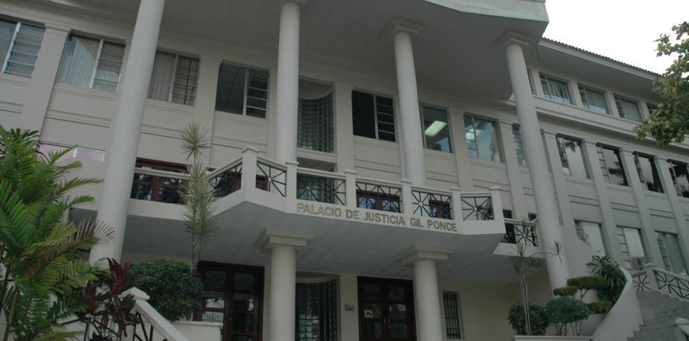 Corte crea subcomisión para ordenar expedientes del Pleno y Salas