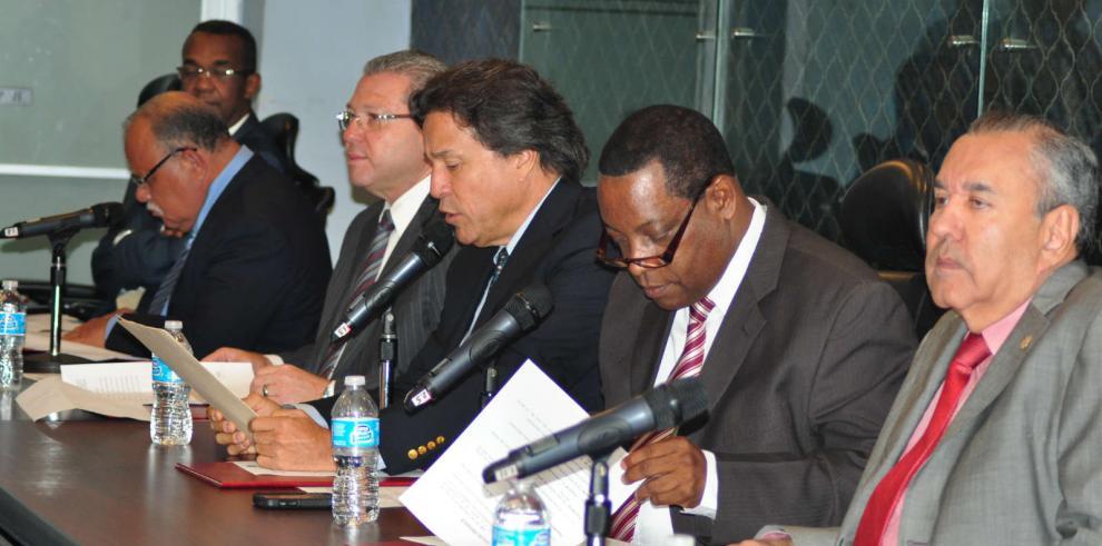 Convocan a diputados para reunión en Comisión de Credenciales