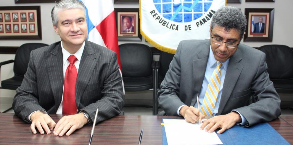 Publio Cortés es designado director de la DGI, ante renuncia de Cucalón