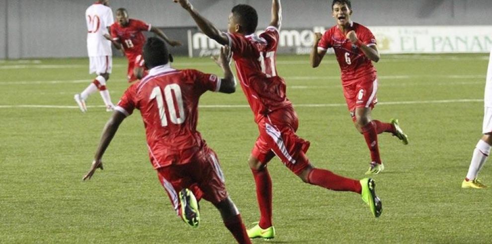 Panamá derrota 1-0 a Canadá