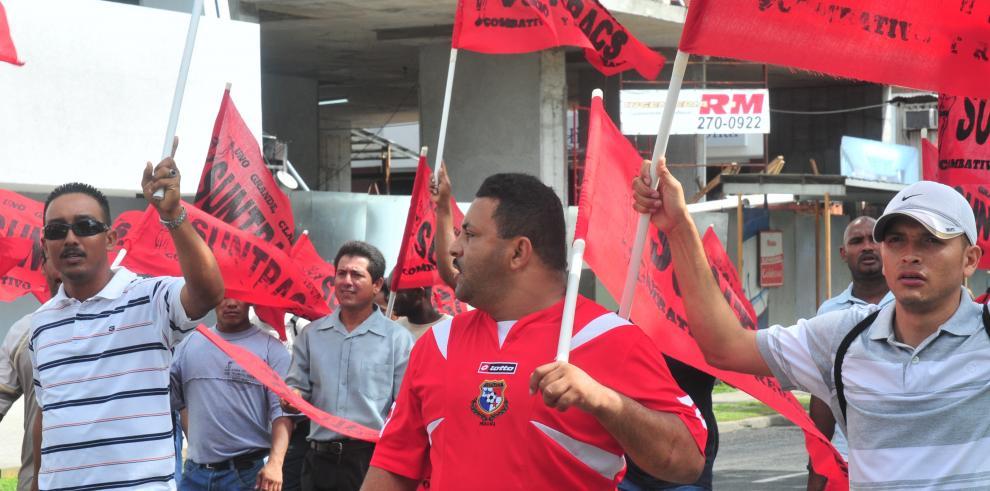 Piqueteos anuncian huelga del Suntracs