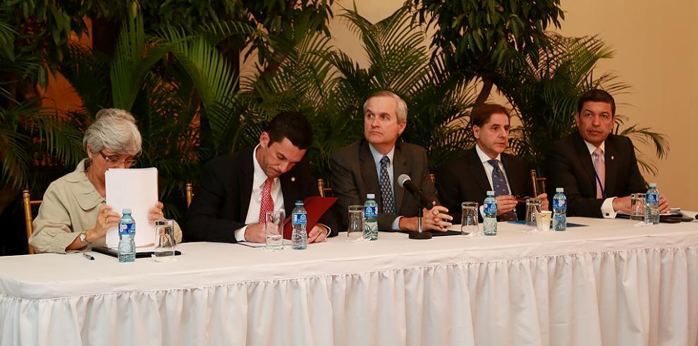 Reinstalan Comisión Nacional permanente de Derechos Humanos en Panamá
