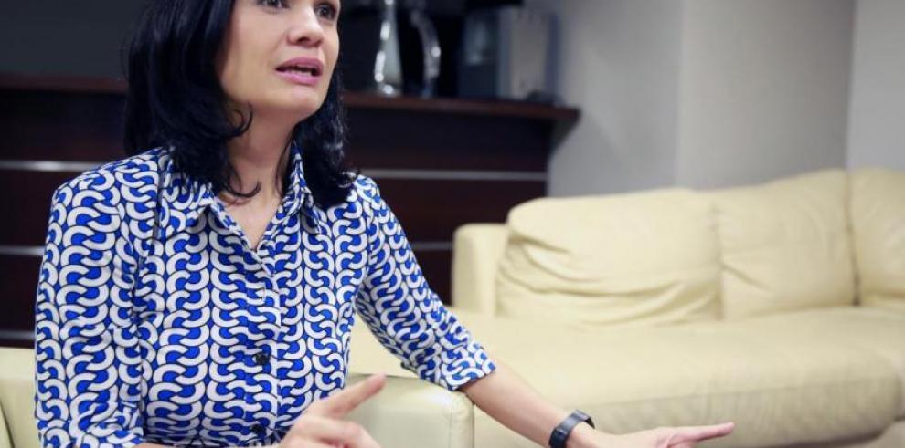Cancilleres de Panamá y Colombia se reunirán para tratar conflicto fiscal