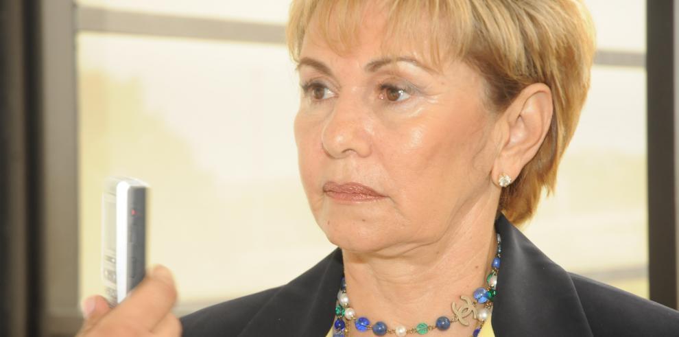 Intercambio de disparos en la residencia de expresidenta Mireya Moscoso