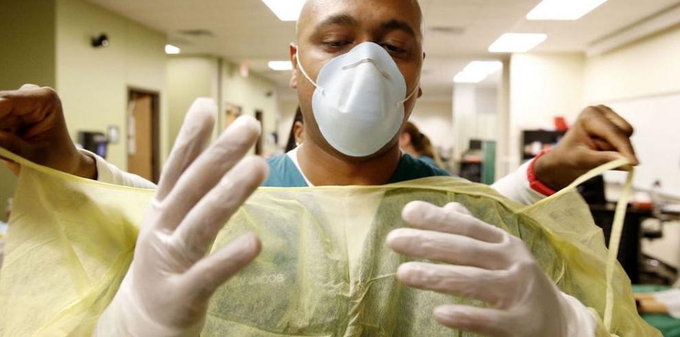 EEUU: enfermera con ébola viajó en avión antes de ser ingresada