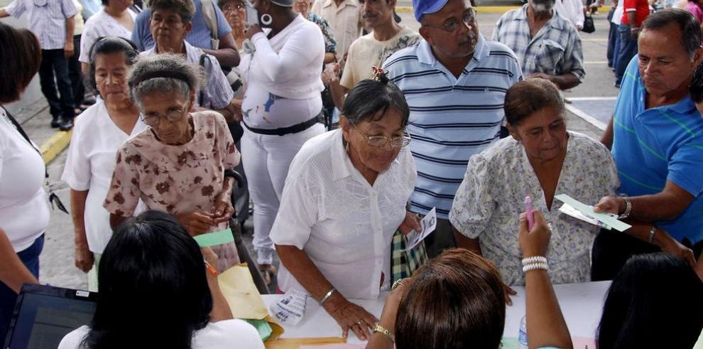 120 a los 70 saca de la pobreza a 19,466 adultos mayores