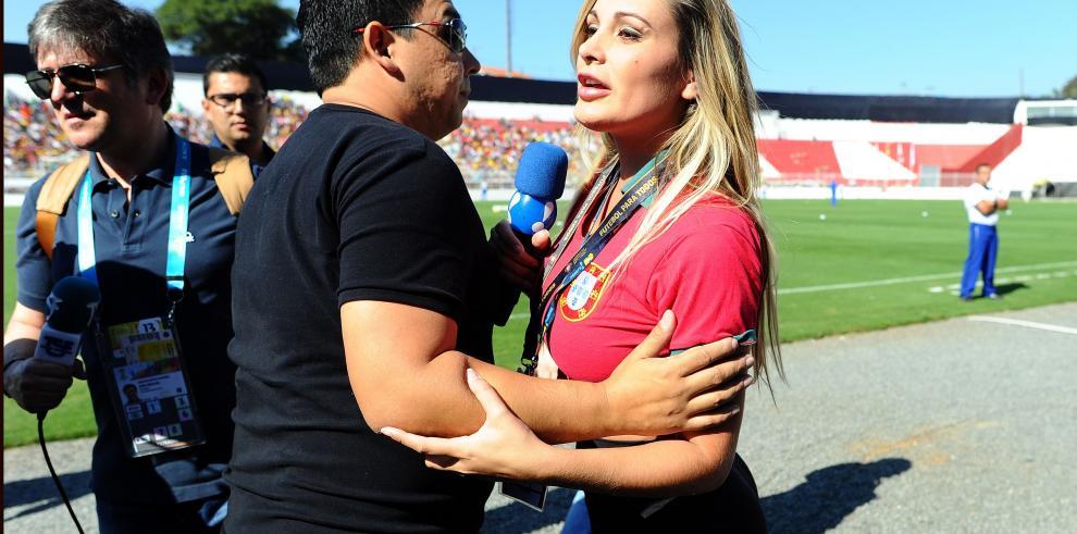 Supuesta amante de Cristiano Ronaldo es expulsada del entrenamiento de Portugal
