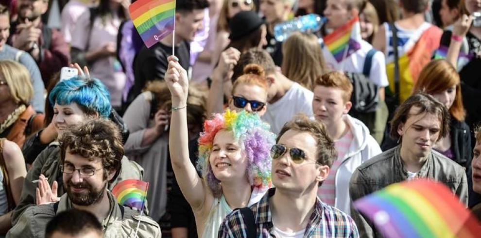 Estudian crear el primer pueblo de Holanda exclusivamente para homosexuales