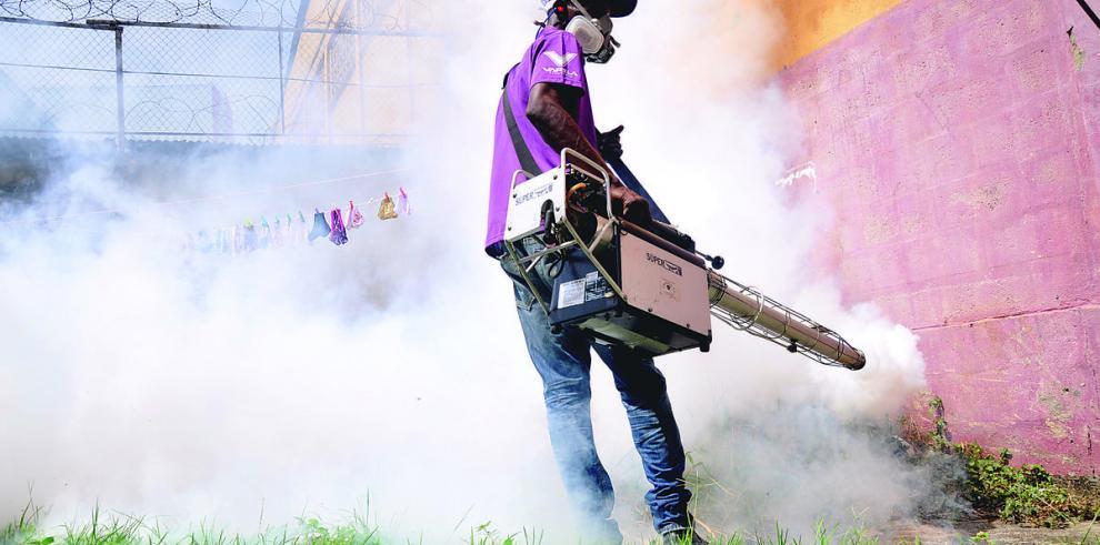 Casos de dengue siguen en aumento