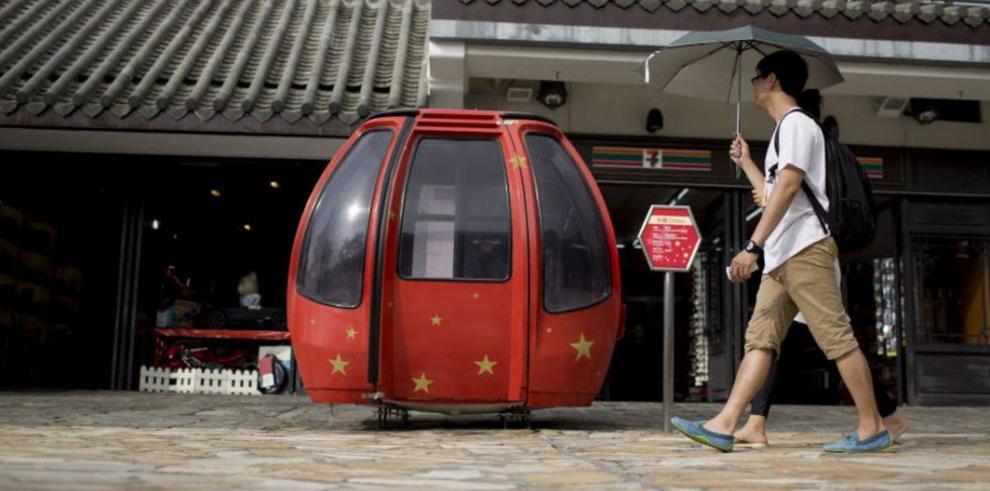 Los visitantes chinos inundan los sitios revolucionarios
