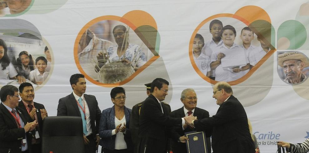 El Salvador admitido como nuevo miembro de Petrocaribe