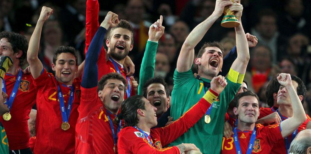 Españoles recibirían $979 mil si ganan el Mundial de Brasil