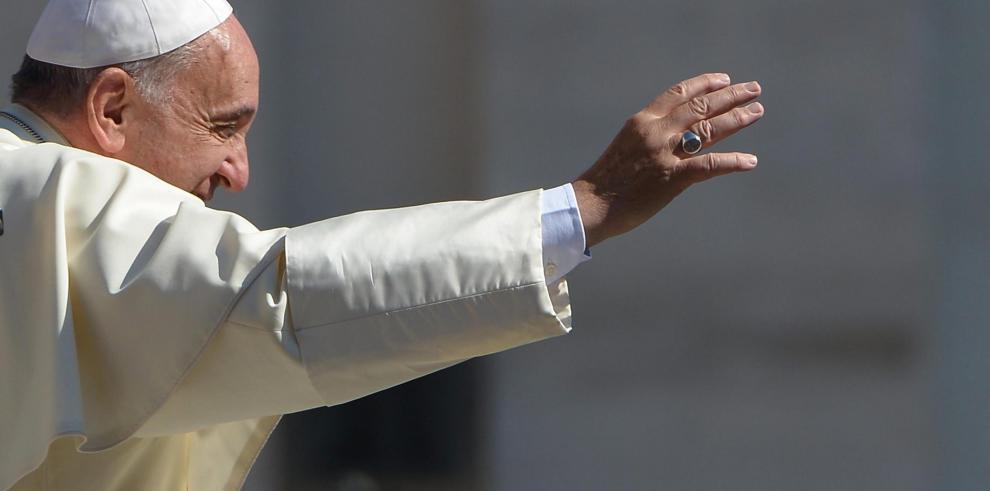 PapaFrancisco pide intervenir en defensa de las comunidades gitanas