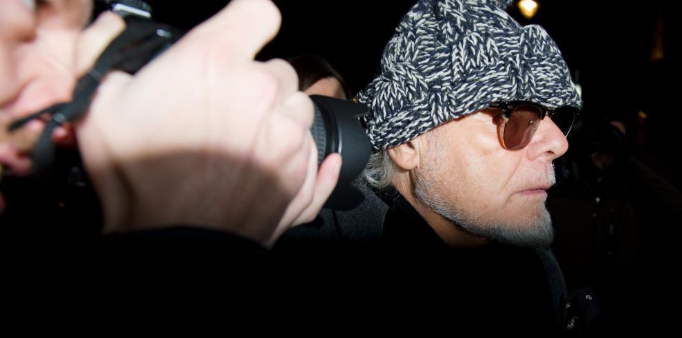 El excantante Gary Glitter acusado de abusos sexuales a dos niñas