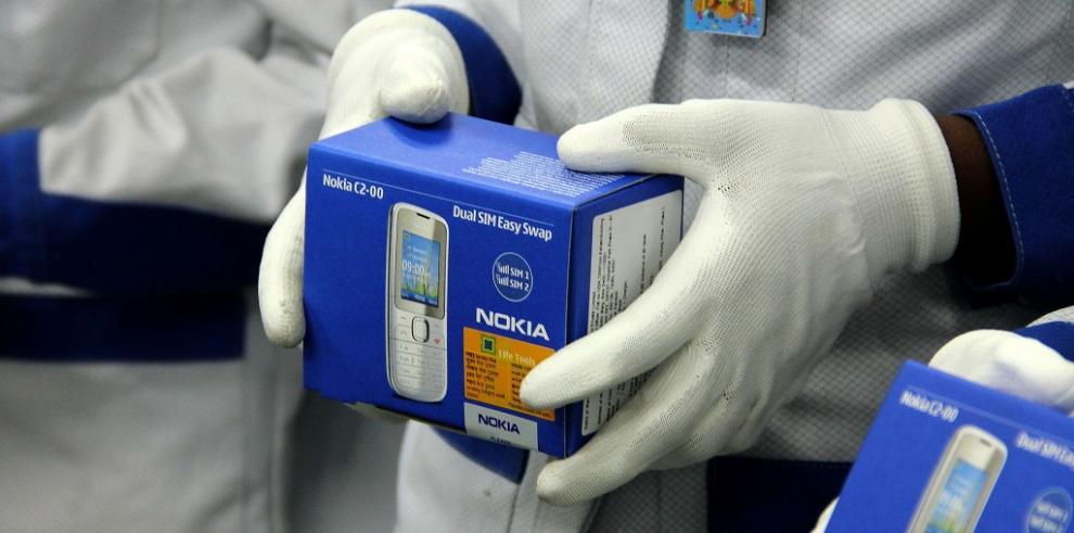 Microsoft compra el negocio de dispositivos y servicios de Nokia