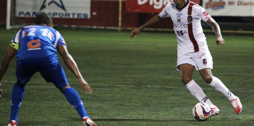 Árabe Unido ganó 2 a 1 ante el Sporting de San Miguelito