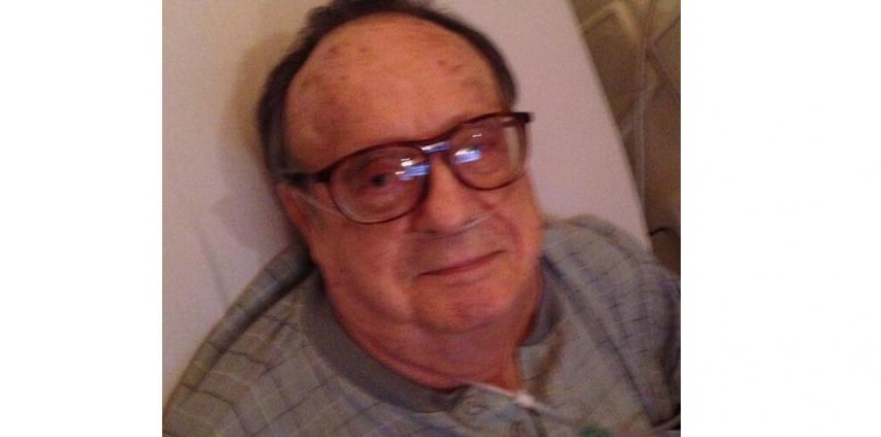 Hija de Chespirito publicó foto de su padre en Twitter