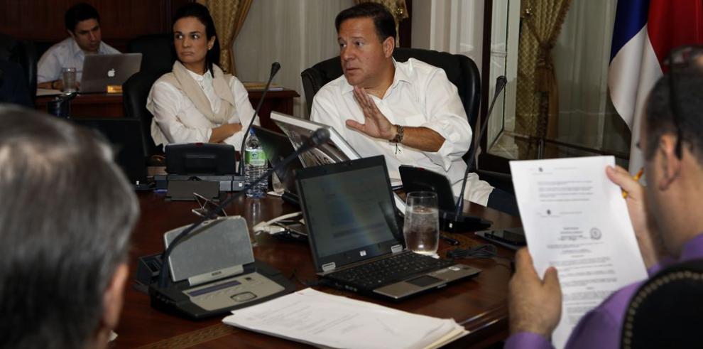 Ejecutivo culmina revisión del presupuesto 2015