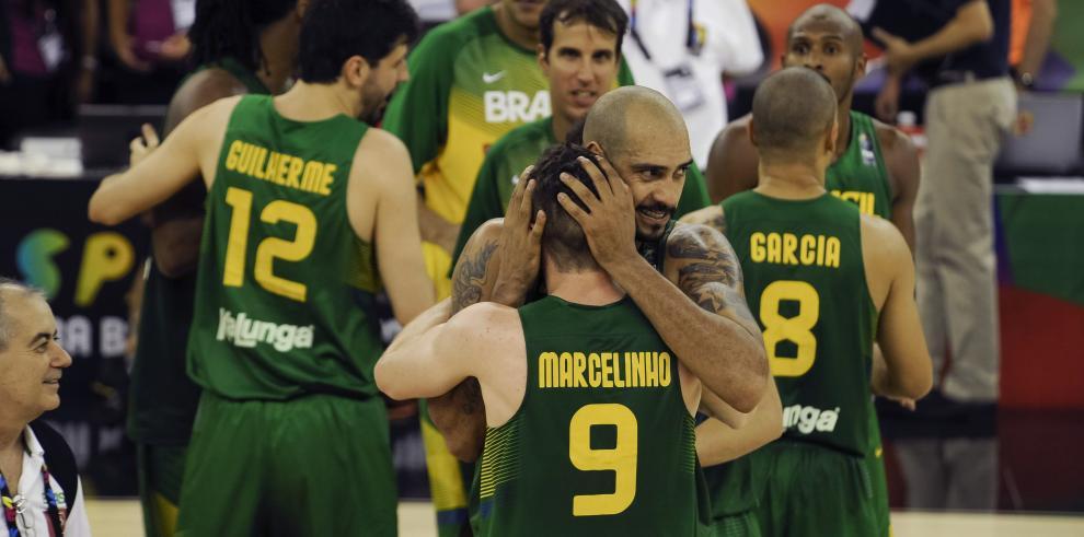 Brasil se impone ante Francia en Mundial de baloncesto