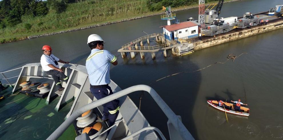 Trabajadores presentan queja del Canal de Panamá en la OIT