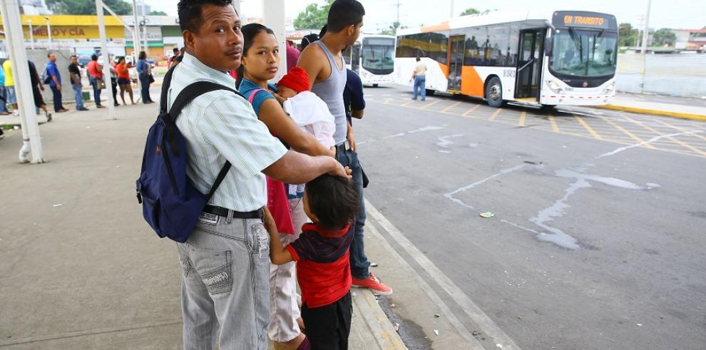 Gobierno reanudará negociación de contrato con la empresa Mi Bus