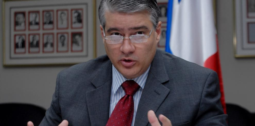 Ministro del MEF reiteró