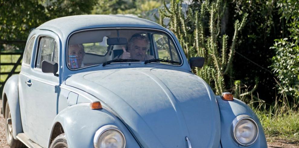 Mujica rechaza la oferta millonaria de un jeque árabe por su viejo Volkswagen