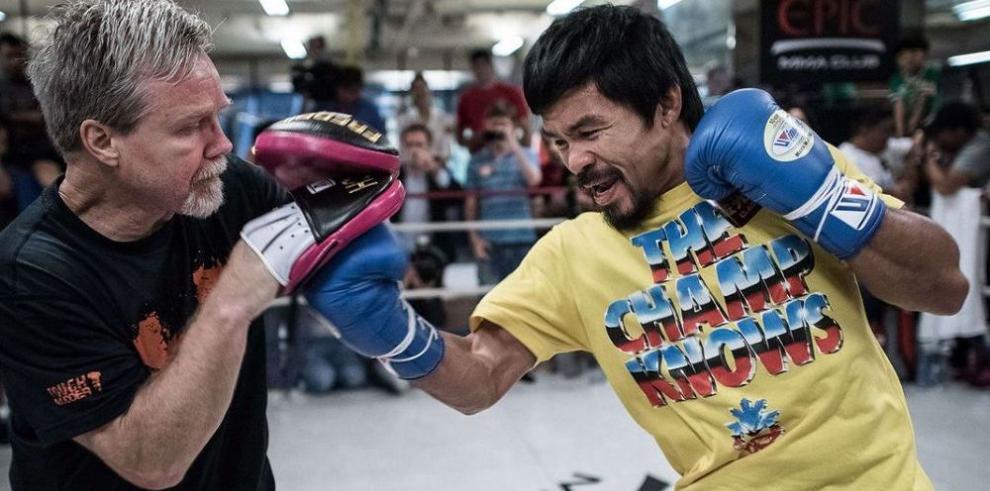 Manny cruza los dedos para una pelea con Mayweather